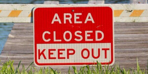 Schild Keep Out